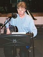home recording musician, Alan Davidson. Picture taken at radio station WFMU during a 2002 visit to the USA.